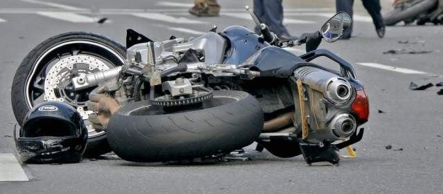 La Mejor Oficina Legal de Abogados Especializados en Accidentes, Choques y Percances de Motocicletas, Motos y Scooters en Chicago